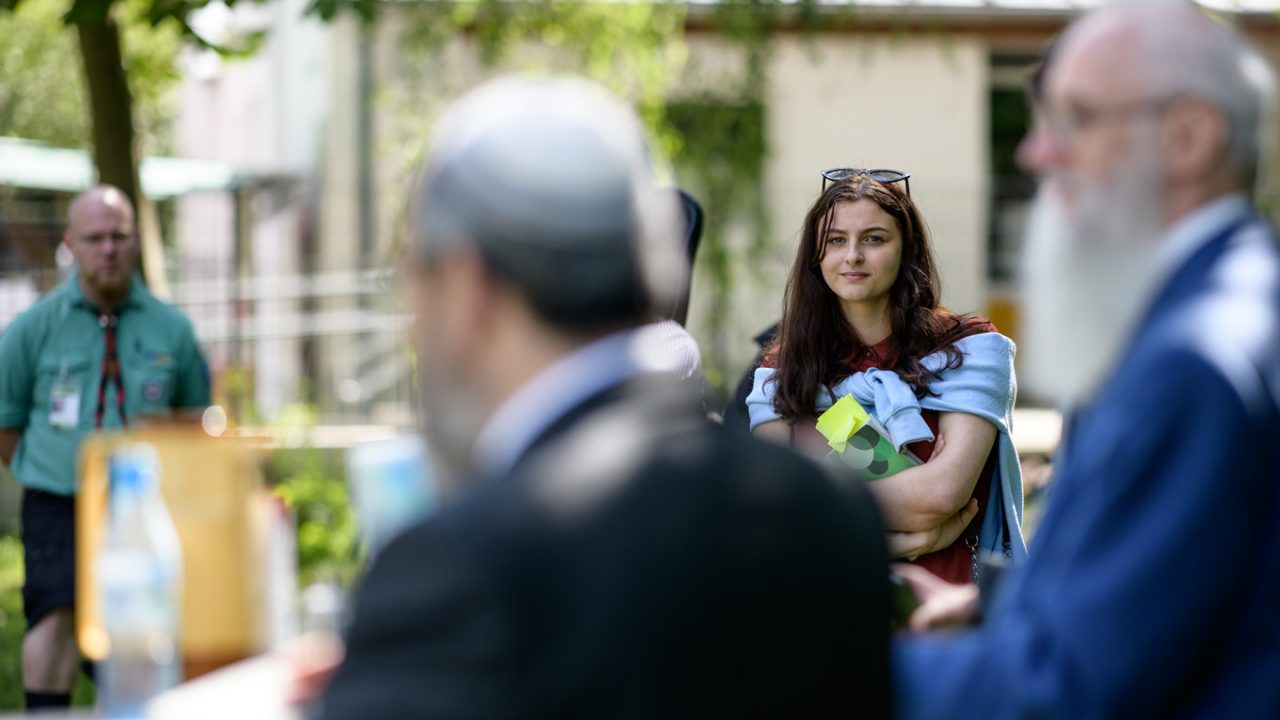 Rosa Lyenska nimmt eine etwas andere Perspektive auf den Kirchentag ein