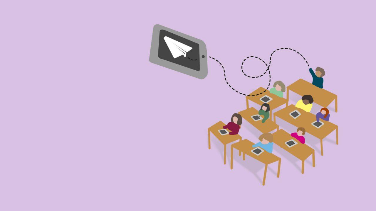 Illustration: Ein Tablet-Computer fliegt wie ein Papierflieger durch die Klasse.
