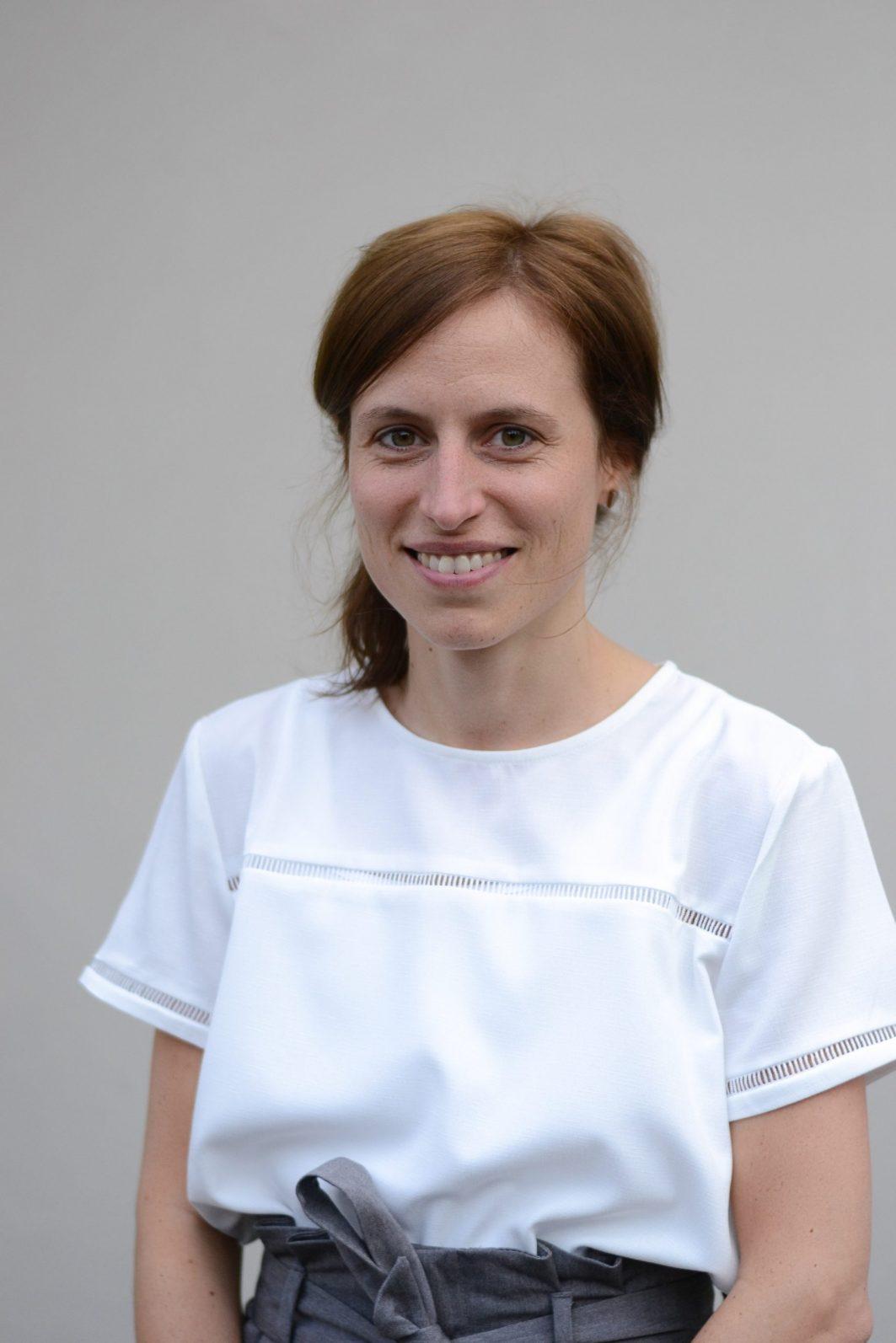 Porträt von der Programmleiterin von Work4Germany Maria Blöcher