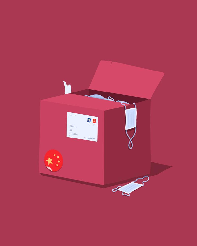 Eine rote Versandbox mit einem Sticker, der aussieht wie die Chinesische Flagge, aus dem Masken herausgucken und herausfallen.