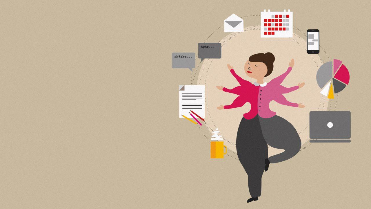 Zeichnung, auf der eine Frau mit sechs Armen und einem angewinkelten rechten Bein steht. Um sie herum sind im Kreis ein Laptop, eine Tortenstatistik, ein Smartphone, ein Kalender, ein Briefumschlag, ein Chatverlauf, ein Zettel mit Notizen und Stiften und eine Kaffeetasse gezeichnet.