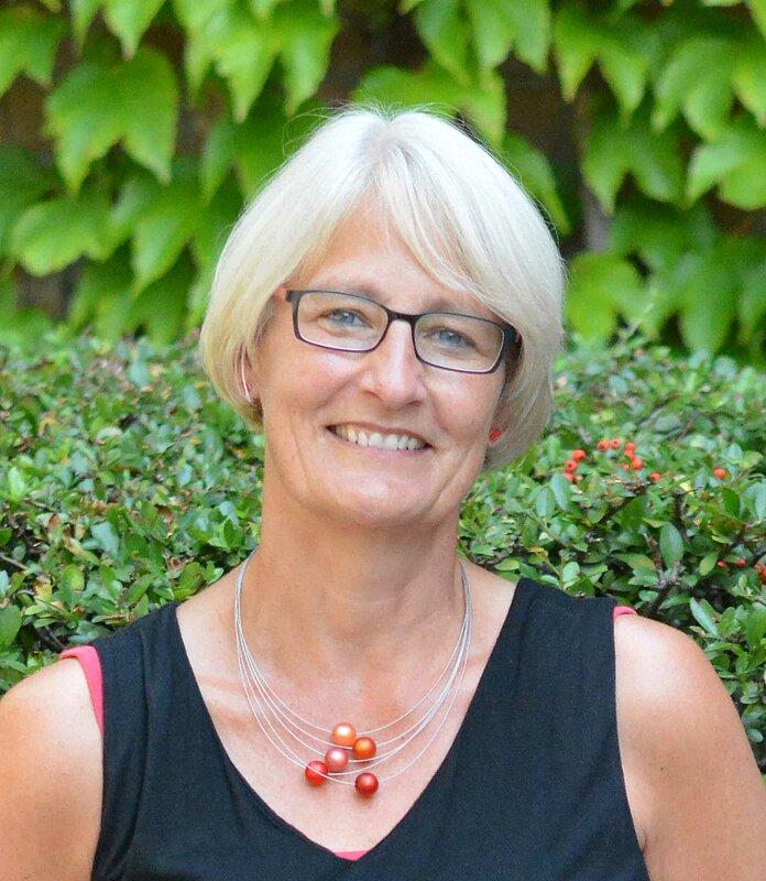 Porträt von Barbara Rochholz. Sie ist Lehrerin an der Matthias-Claudius-Gesamtschule in Bochum.