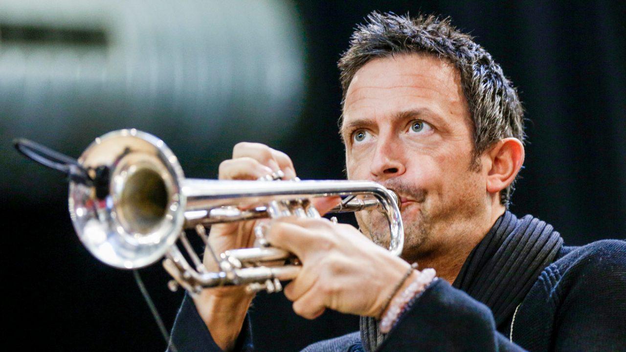 Till Brönner spielt Trompete