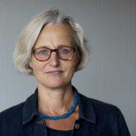 Ein Porträt von Christiane Hoffmann. Sie ist diplomatische Korrespondentin und Autorin des SPIEGEL.